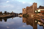 Newark Castle up river.jpg